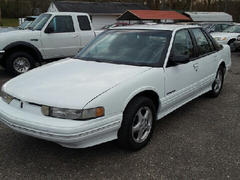 1994 Oldsmobile Cutlass Supreme for sale in Ona, WV