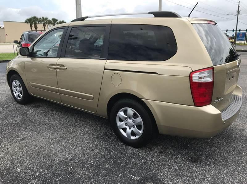 2010 Kia Sedona LX 4dr Mini-Van LWB - Palm Bay FL