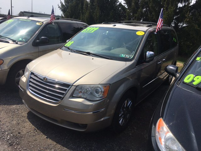 2008 Chrysler Town and Country Limited 4dr Mini-Van - St York PA
