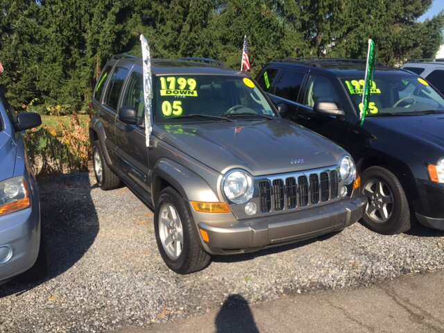jeep liberty for sale in york pa. Black Bedroom Furniture Sets. Home Design Ideas