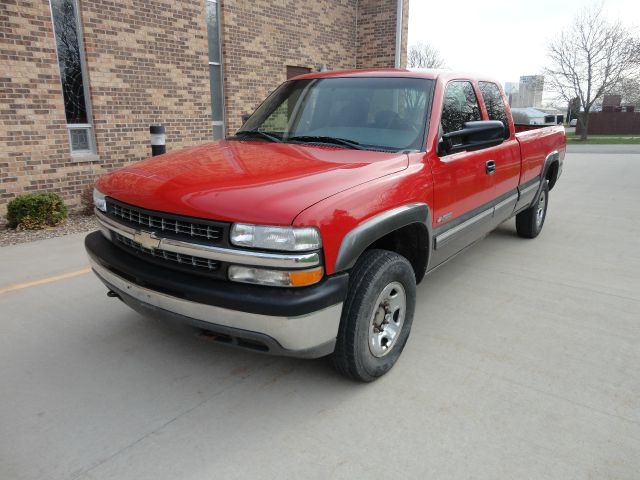 2000 chevrolet silverado 2500 lt 3dr 4wd extended cab lb hd in clarence bennett cedar rapids. Black Bedroom Furniture Sets. Home Design Ideas