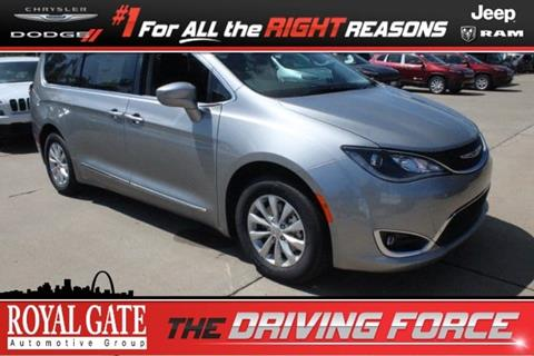 2017 Chrysler Pacifica for sale in Columbia IL