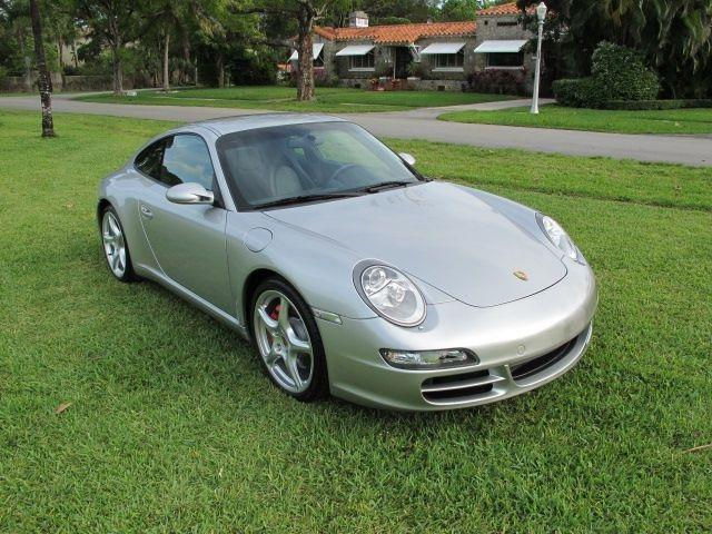 2005 Porsche 911 Carrera S Coupe - MIAMI FL