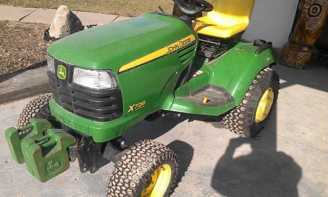 2011 John Deere 4x4 X728