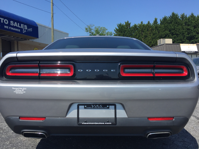 2016 Dodge Challenger SXT 2dr Coupe - Hickory NC