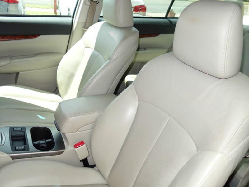 2011 Subaru Legacy AWD 2.5i Limited 4dr Sedan CVT - Austin TX
