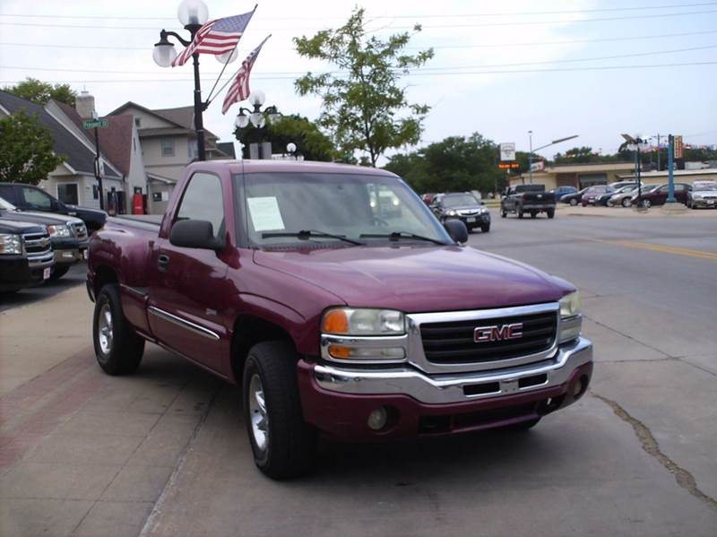 2004 GMC Sierra 1500 Base 2dr Standard Cab 4WD SB - Webster City IA