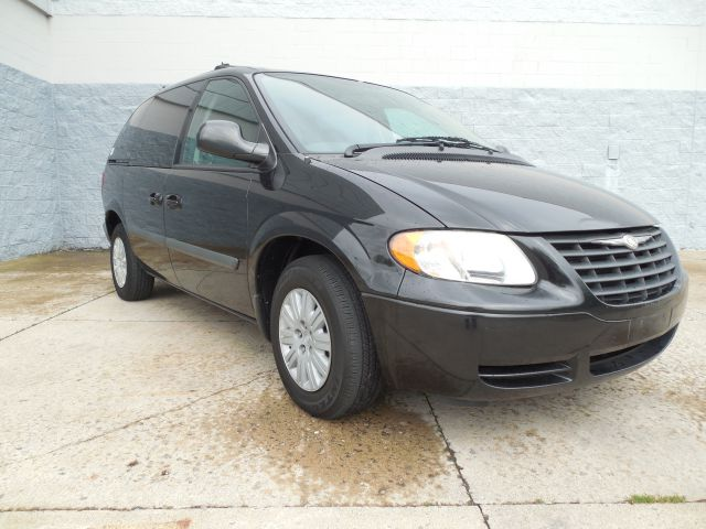 2005 Chrysler Town and Country for sale in Hudson NY