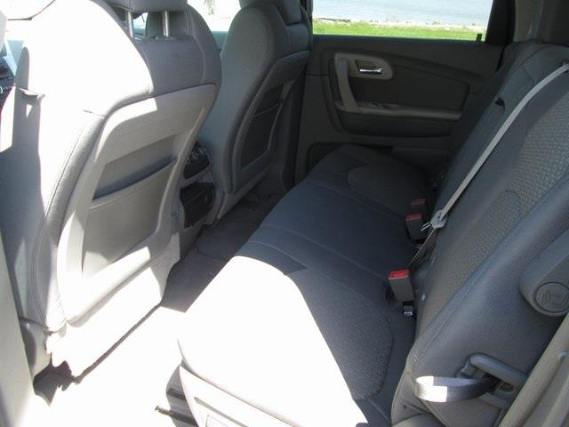 2012 Chevrolet Traverse LS 4dr SUV - Lakeview OH