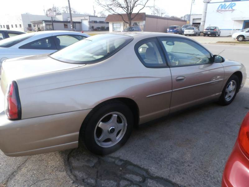 2004 Chevrolet Monte Carlo LS 2dr Coupe - Milwaukee WI