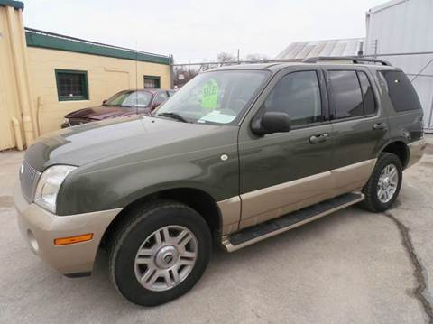 2004 Mercury Mountaineer for sale in Milwaukee, WI