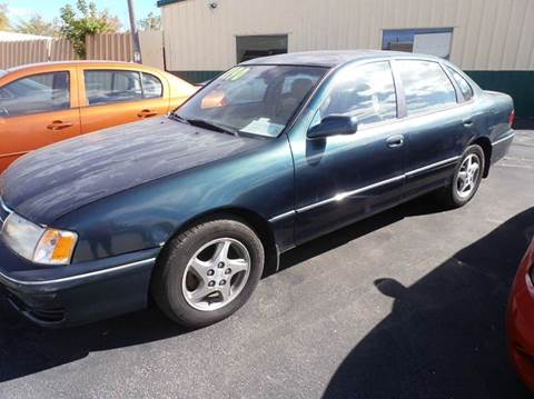 1998 Toyota Avalon for sale in Milwaukee, WI