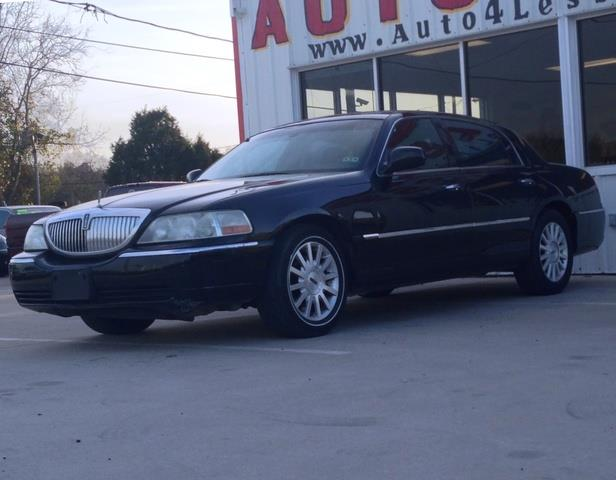 2005 Lincoln Town Car for sale in Pasadena TX