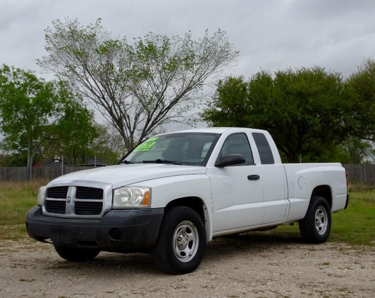 2006 dodge dakota st 4dr club cab sb in pasadena tx auto 4 less. Black Bedroom Furniture Sets. Home Design Ideas