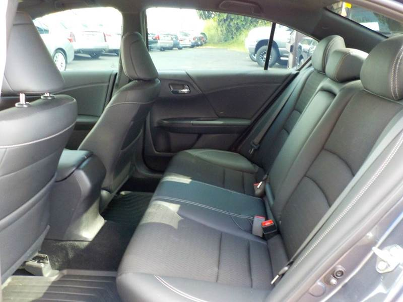 2017 Honda Accord Sport 4dr Sedan 6M - Hilo HI