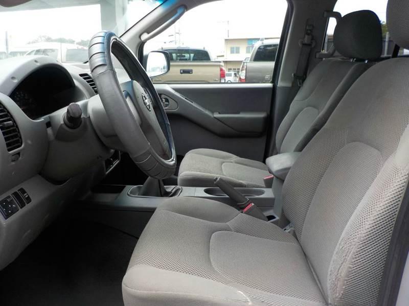 2007 Nissan Frontier SE 4dr Crew Cab 4WD 6.1 ft. SB (4L V6 6M) - Hilo HI