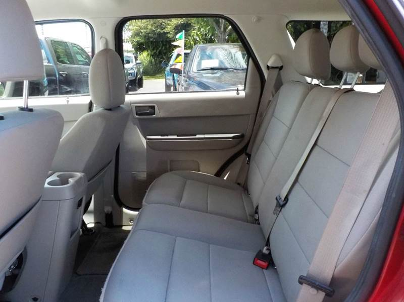2012 Ford Escape XLT 4dr SUV - Hilo HI