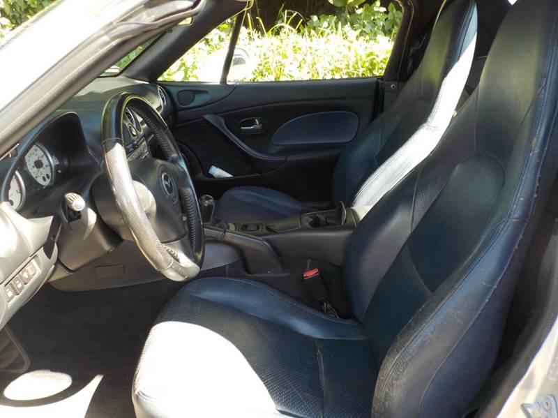 2004 Mazda MX-5 Miata LS 2dr Roadster - Hilo HI