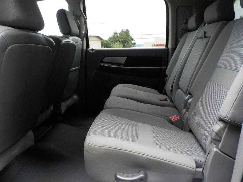 2008 Dodge Ram Pickup 2500 SXT 4dr Mega Cab 4WD SB - Hilo HI