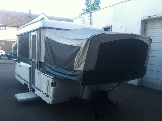 1997 Coleman / Fleetwood Yukon  Pop Up Camper - Rochester NY