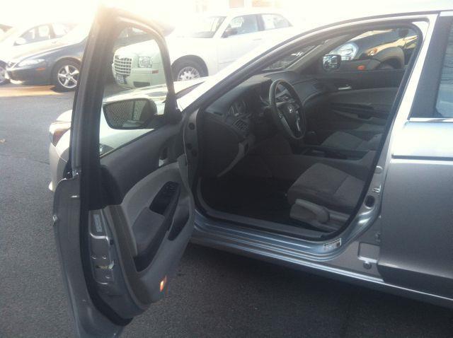 2010 Honda Accord LX Sedan AT - Rochester NY