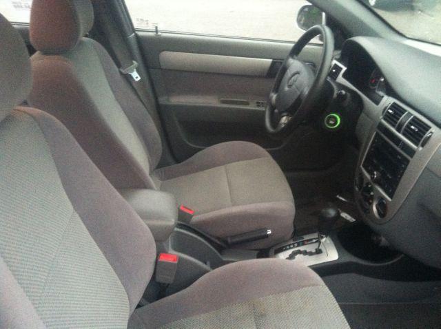 2007 Suzuki Forenza Convenience - Rochester NY