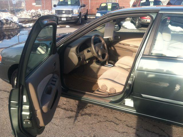 2005 Nissan Sentra 1.8 S - Rochester NY