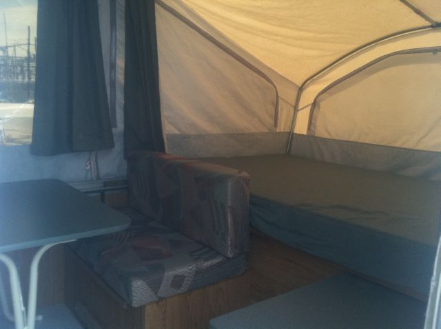 2000 Viking M-1706-Epic-with Roof A/C Pop Up Camper - Rochester NY