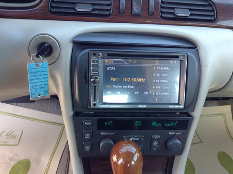 2003 Cadillac Seville SLS 4dr Sedan - Detroit MI
