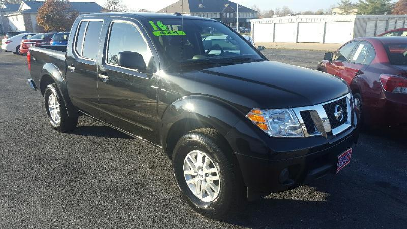 2016 nissan frontier 4x4 sv 4dr crew cab 5 ft sb pickup 5a in north liberty ia cooley auto sales. Black Bedroom Furniture Sets. Home Design Ideas