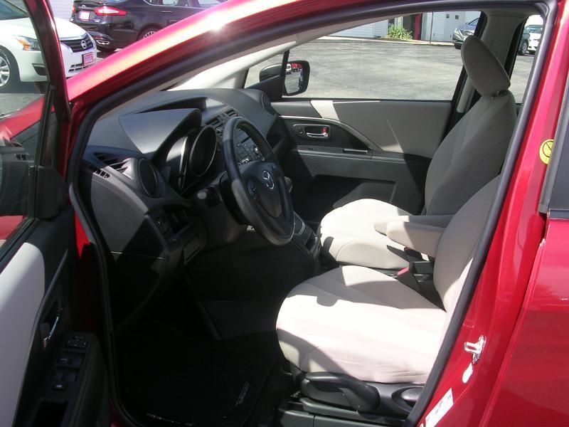2015 Mazda MAZDA5 Sport 4dr Mini-Van - North Liberty IA