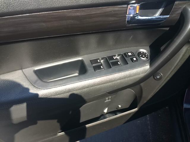 2011 Kia Sorento 4dr SUV - Lackawanna NY