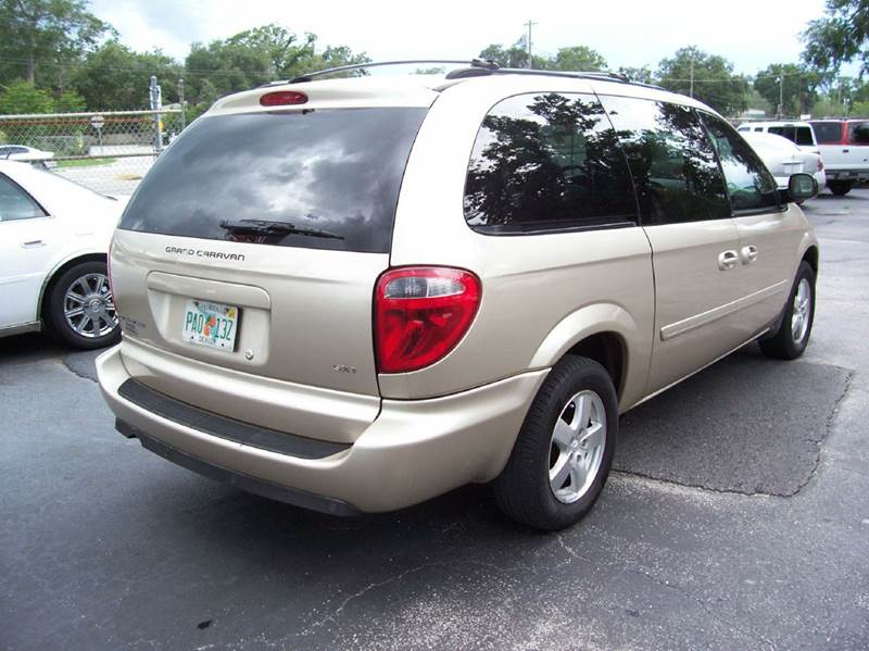2006 Dodge Grand Caravan SXT 4dr Extended Mini-Van - Holly Hill FL