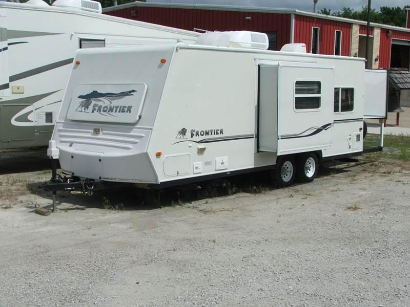 2003 Frontier 2405