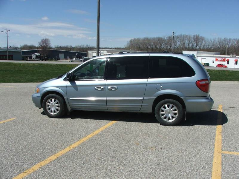 2003 chrysler town and country in atlantic ia the car guys. Cars Review. Best American Auto & Cars Review