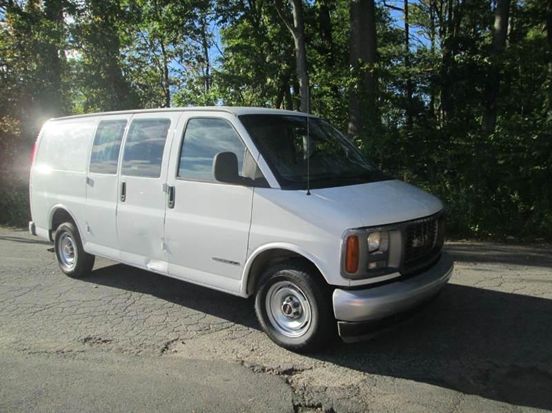 2001 GMC Savana Cargo 2500 3dr Van - Levittown PA