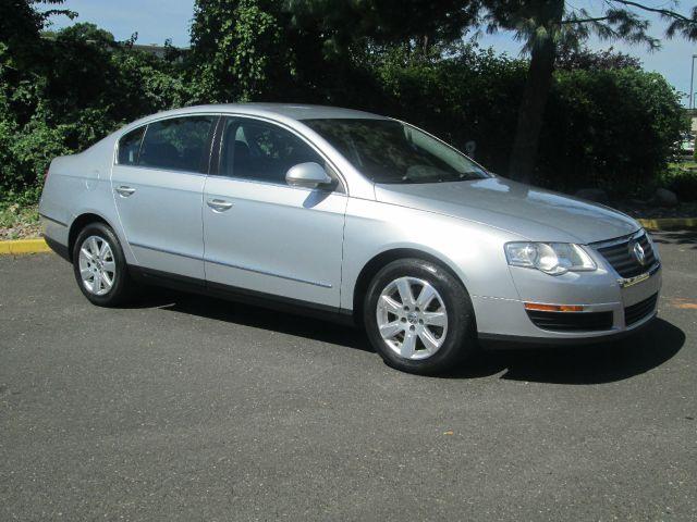2006 Volkswagen Passat for sale in Levittown PA