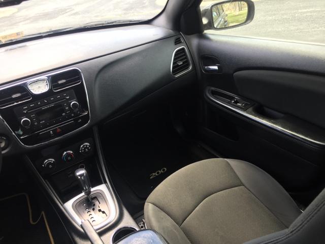 2012 Chrysler 200 LX 4dr Sedan - Virginia Beach VA