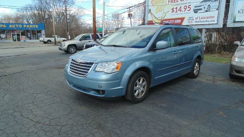 2009 chrysler town and country touring mini van 4dr in chillicothe oh instant auto sales. Black Bedroom Furniture Sets. Home Design Ideas