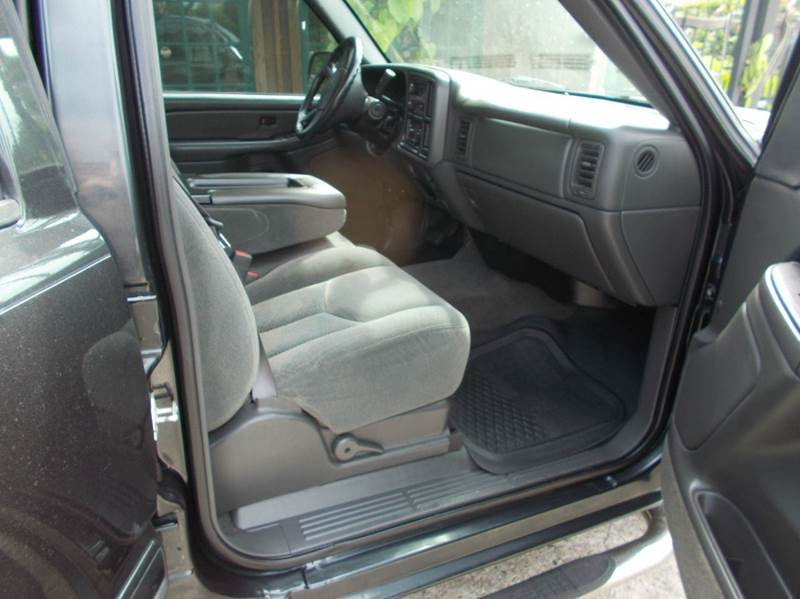 2005 Chevrolet Silverado 1500 4dr Crew Cab LS Rwd SB - Tomball TX