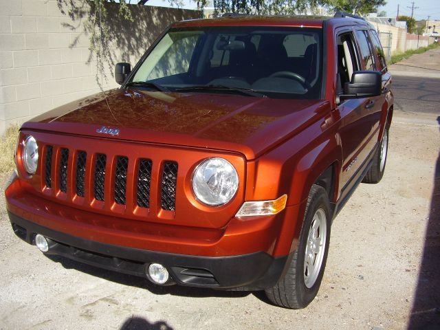 2012 JEEP PATRIOT SPORT 4X2 4DR SUV abs - 4-wheel active head restraints alternator - 120 amps