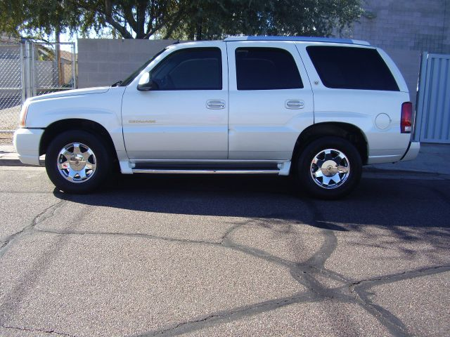 2003 CADILLAC ESCALADE BASE AWD 4DR SUV white abs - 4-wheel adjustable pedals - power anti-theft
