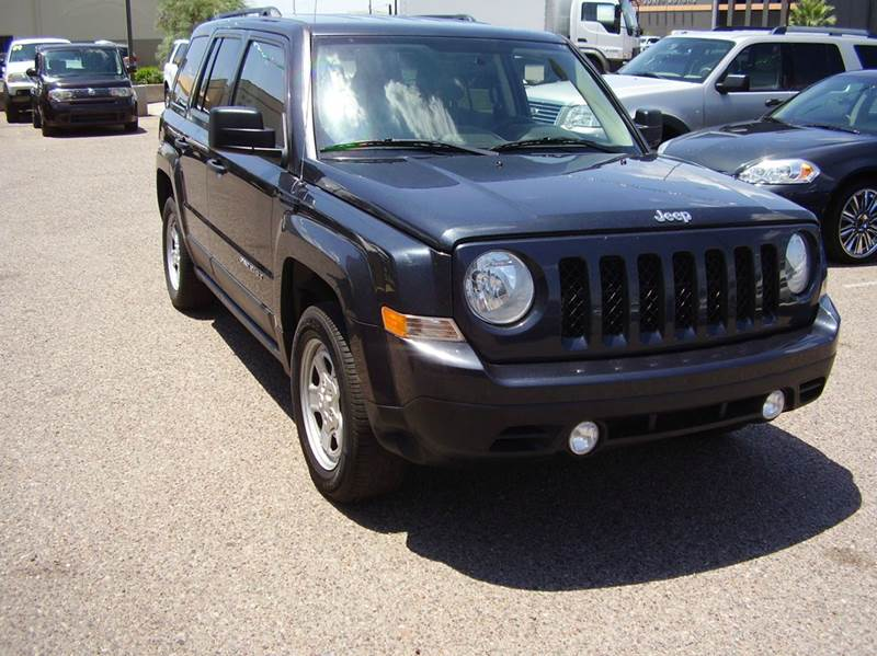 2014 JEEP PATRIOT SPORT 4DR SUV charcol gray 2-stage unlocking abs - 4-wheel active head restra