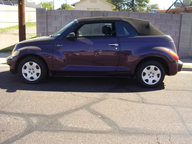 2005 CHRYSLER PT CRUISER BASE 2DR CONVERTIBLE purple cassette center console - front console with