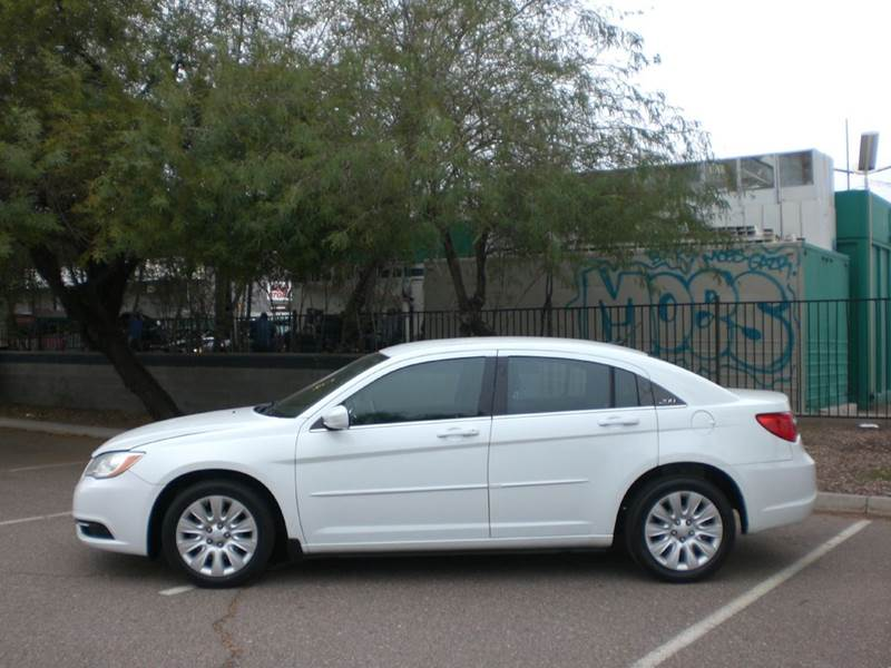 2012 CHRYSLER 200 LX 4DR SEDAN 2-stage unlocking doors abs - 4-wheel active head restraints - du