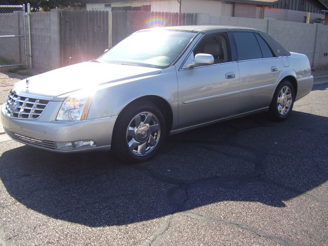2006 CADILLAC DTS LUXURY I 4DR SEDAN abs - 4-wheel air filtration antenna type anti-theft system
