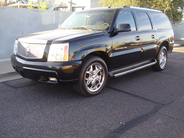 2005 CADILLAC ESCALADE ESV BASE AWD 4DR SUV black abs - 4-wheel active suspension adjustable ped