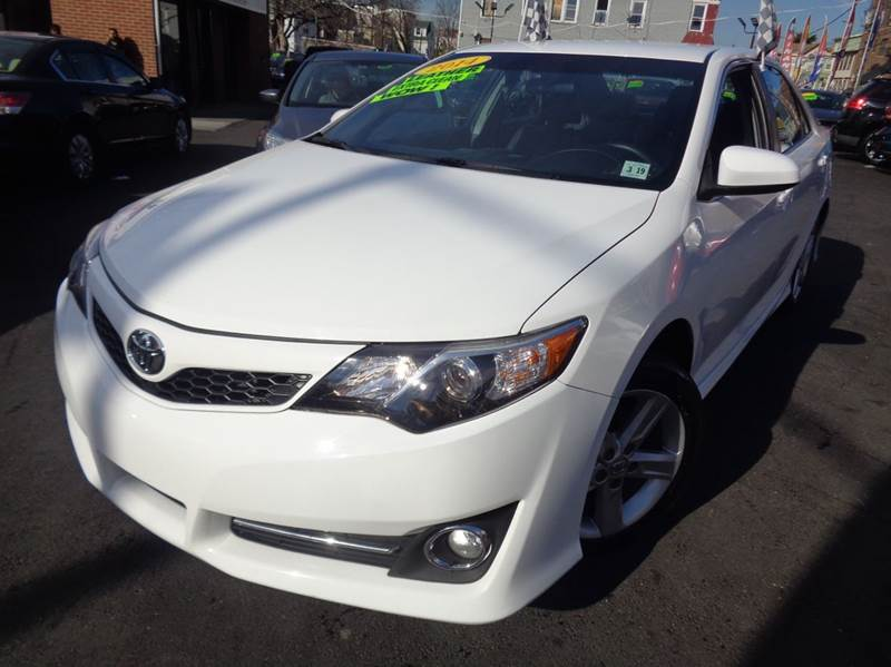 2014 toyota camry se sport 4dr sedan in irvington nj foreign auto imports. Black Bedroom Furniture Sets. Home Design Ideas
