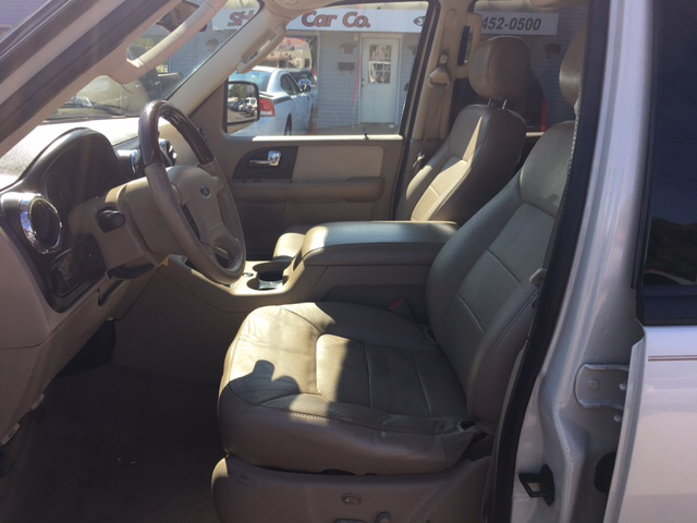 2005 Ford Expedition Limited 4WD 4dr SUV - Wyoming MI
