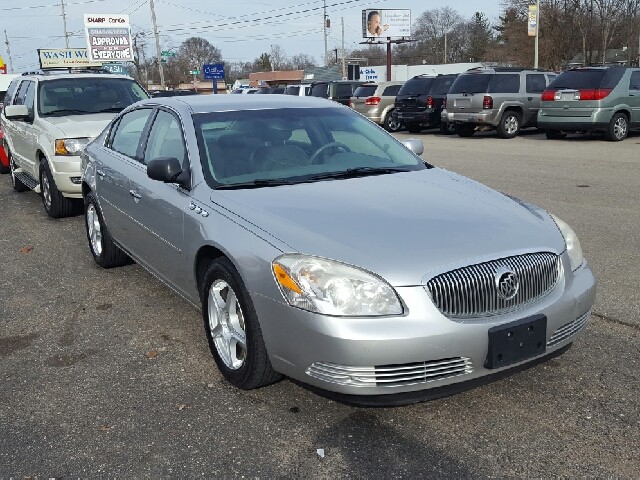 2008 Buick Lucerne CXL 4dr Sedan - Wyoming MI